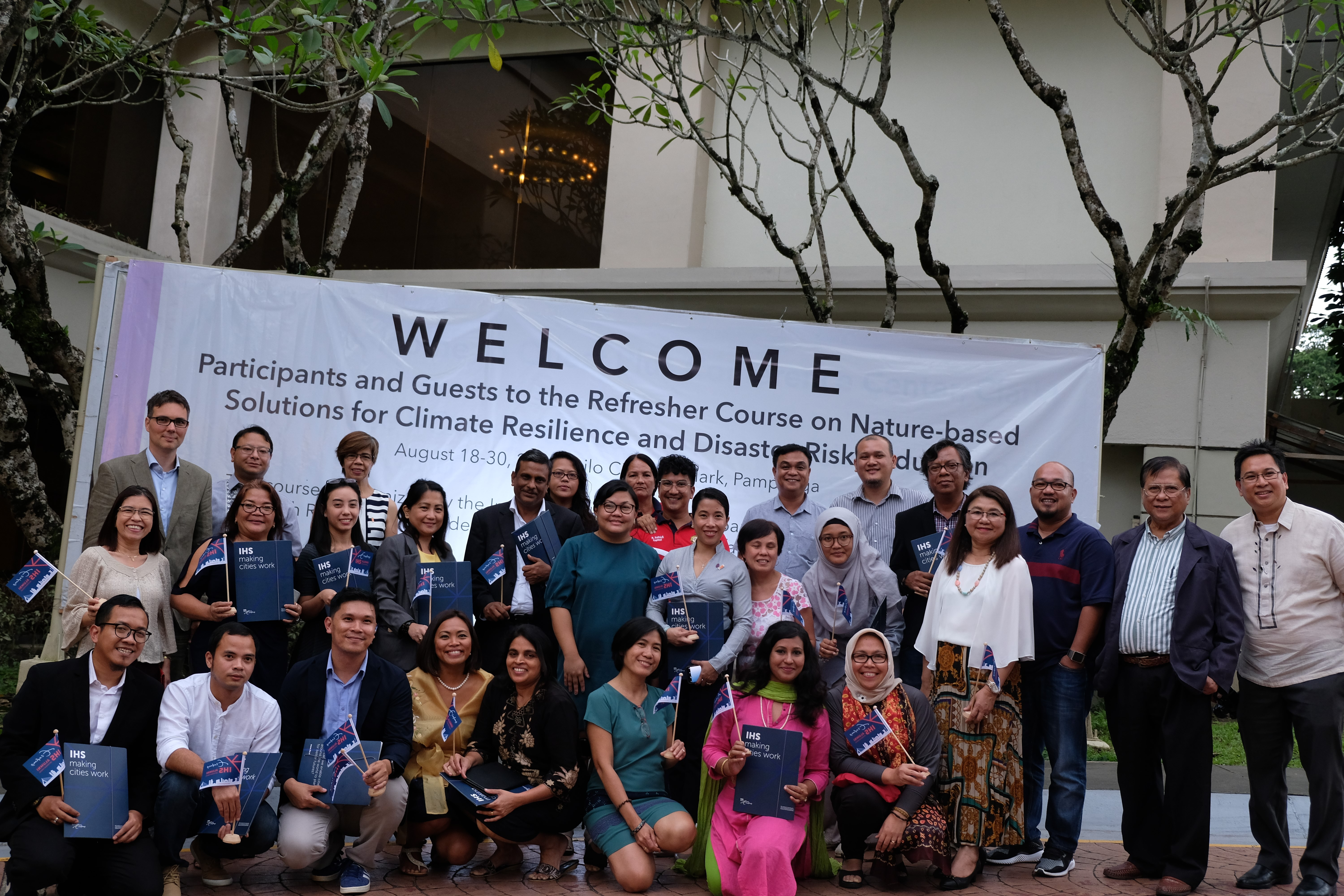 Refresher Course participants, Macabebe stakeholders, course coordinators, lecturers, and organizers, and Mr. Pieter Terpstra of the Embassy of Netherlands